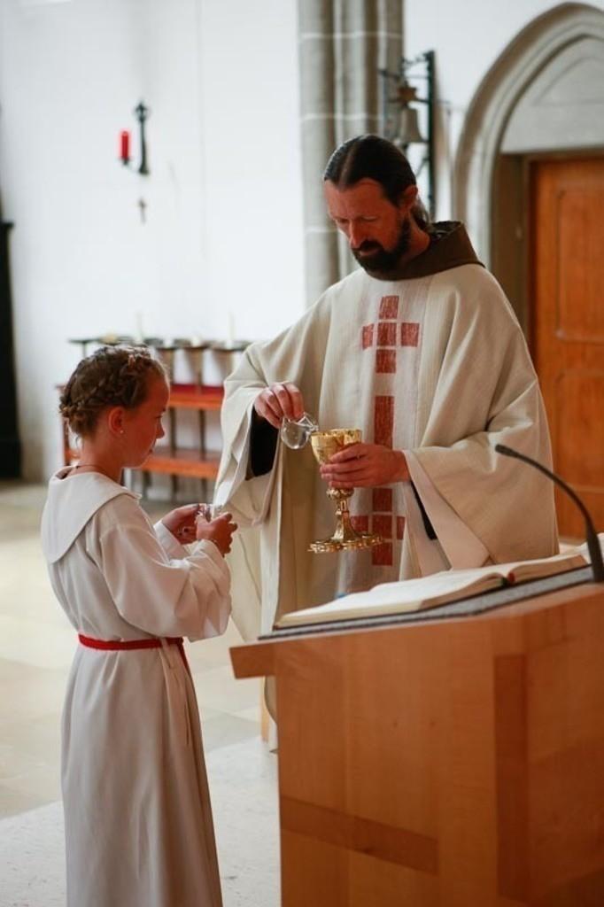 Carina_Florian zu Hause_Kirche WeSt-photographs02603