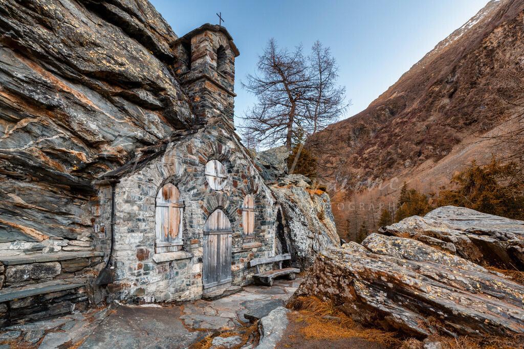 Felsenkapelle | Wunderschöne Felsenkapelle in den Hohen Tauern