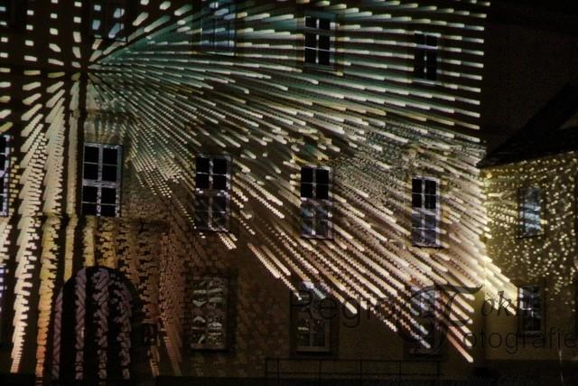Dancing House | Ein interaktives Projektions-Mapping von Klaus Obermaier am Domhof.