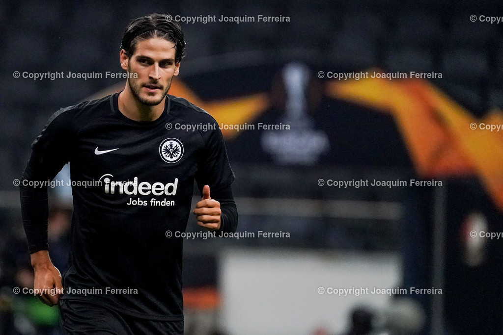 191024_sgevslie_5000 | 24.10.2019 Gruppenspiel Gruppe F UEFA Europa League Saison 2019/20 Eintracht Frankfurt - Standard Liege  emspor, emonline, despor, v.l.,   Foto: Joaquim Ferreira (DFL/DFB REGULATIONS PROHIBIT ANY USE OF PHOTOGRAPHS as IMAGE SEQUENCES and/or QUASI-VIDEO)