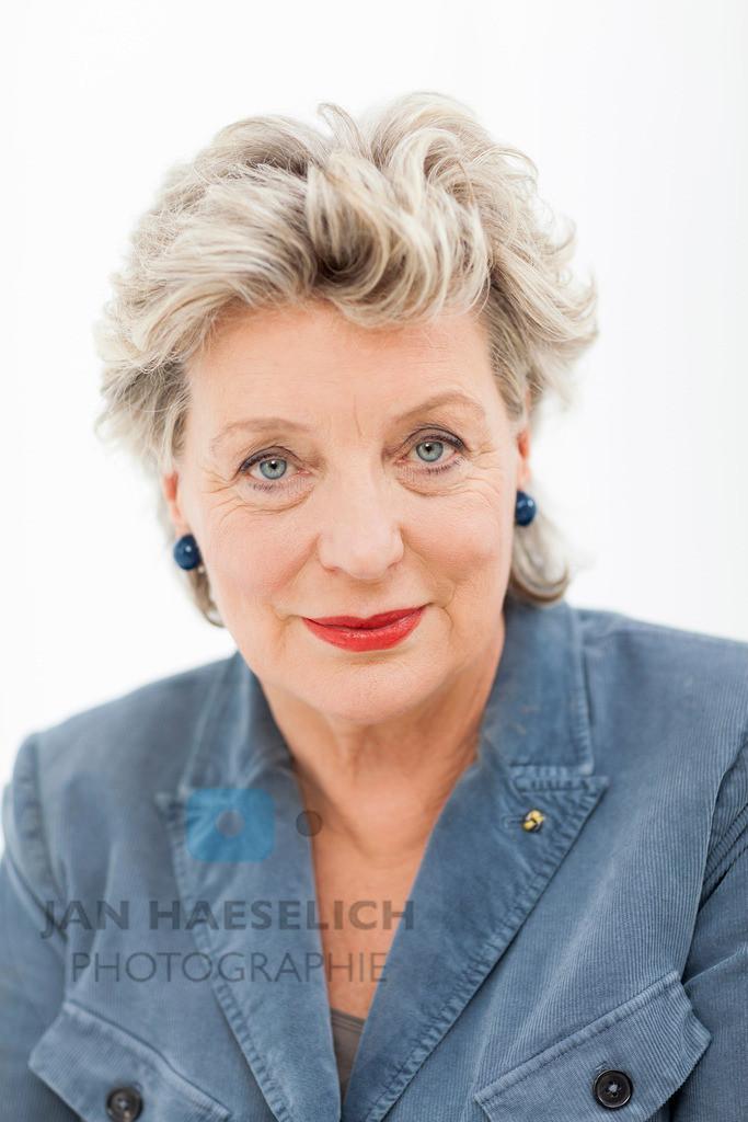 "Peggy Lukac   Rote Rosen - Fototermin am 2.9.2013 in Hamburg. Die ARD-Telenovela ""Rote Rosen"