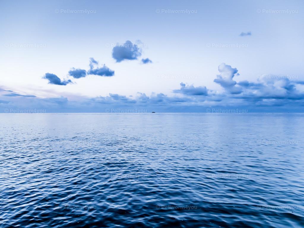 Wasser - Wellen - Wolken