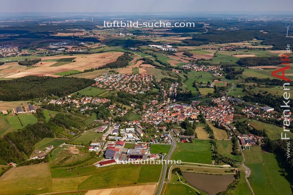 burghaslach-19-773 | aktuelles Luftbild von  Burghaslach - Luftaufnahme wurde 2019 von https://frankenair.de mittels Flugzeug (keine Drohne) erstellt.