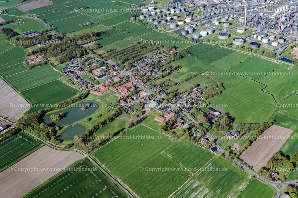 Lieth Heide_ELS_5885040519 | Heide - Aufnahmedatum: 04.05.2019, Aufnahmehöhe: 577 m, Koordinaten: N54°08.859' - E9°03.061', Bildgröße: 6341 x  4228 Pixel - Copyright 2019 by Martin Elsen, Kontakt: Tel.: +49 157 74581206, E-Mail: info@schoenes-foto.de  Schlagwörter:Schleswig-Holstein,Luftbild, Luftbilder, Deutschland