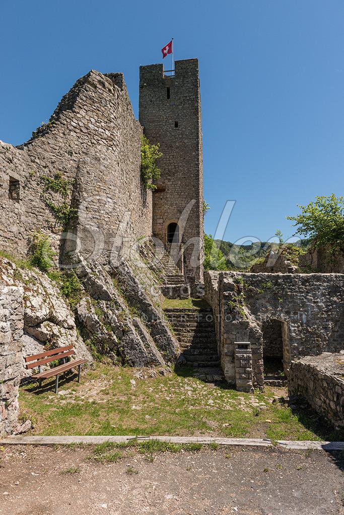 Schlossruine Waldenburg (BL) | Die Ruine war eine Festung der Frohburger, Waldenburg im Kanton Baselland.