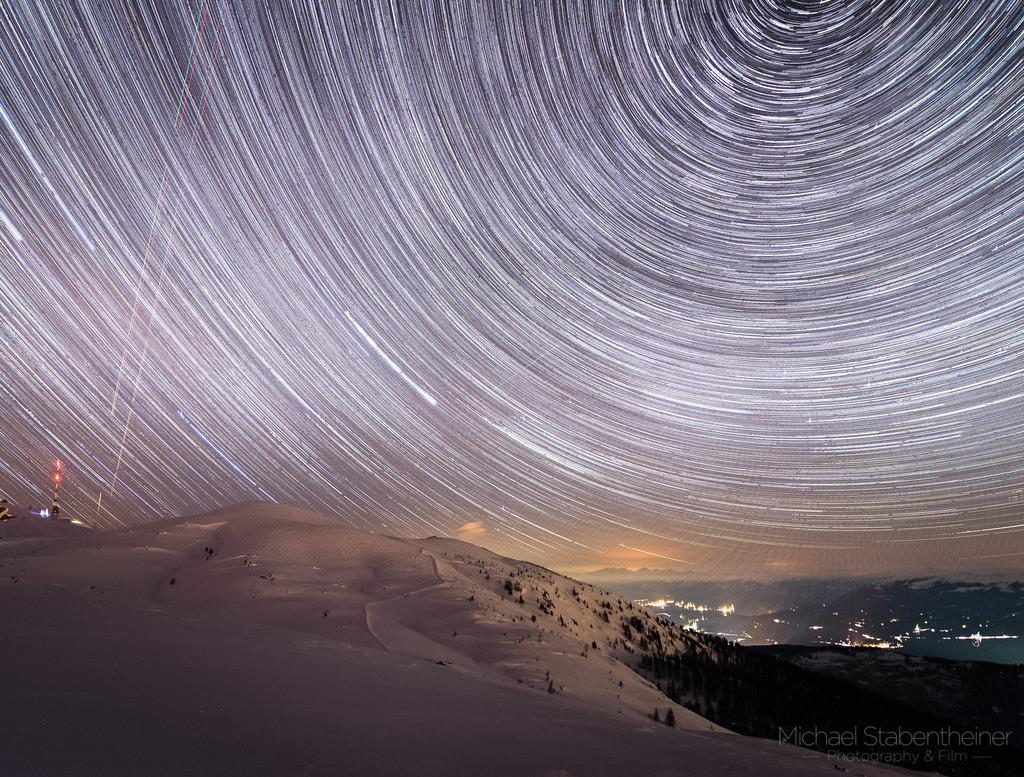 Nachts am Dobratsch  | Nachtaufnahme von Kärnten, aufgenommen am Dobratsch bei Villach mit der Bewegung der Sterne
