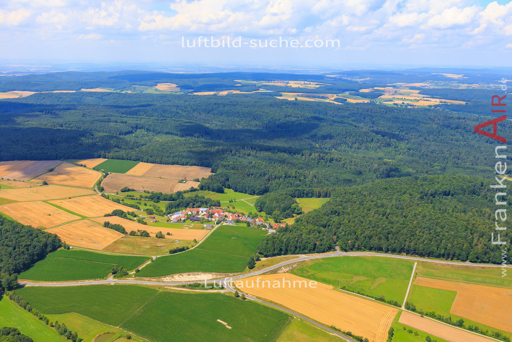 seitenbuch-burghaslach-17-4895 | Luftbild von Seitenbuch Burghaslach - Luftaufnahme wurde 2017 von https://frankenair.de mittels Flugzeug (keine Drohne) erstellt - die Geschenkidee