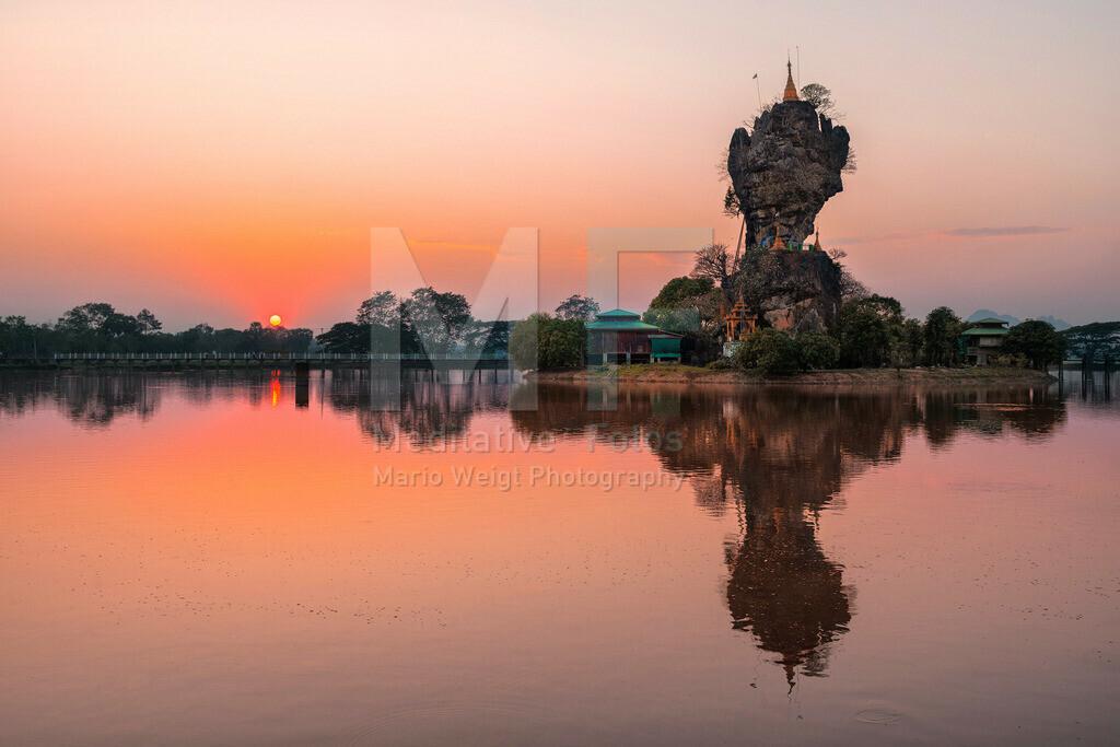MW0115-3862 | Sonnenuntergang am Kyauk Ka Lat Kloster