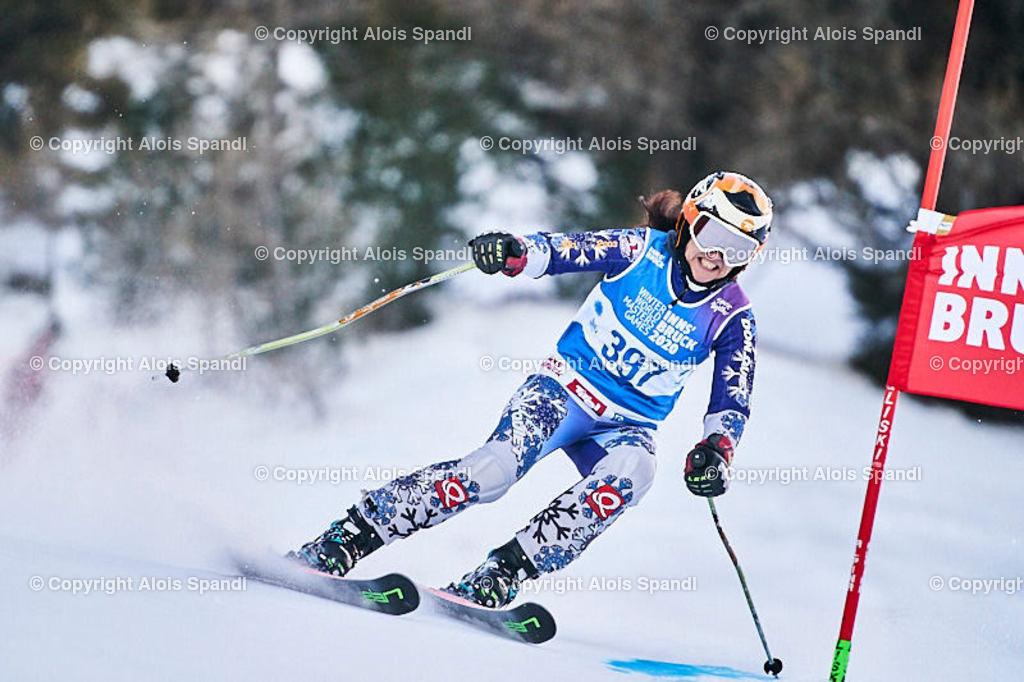 ALS5669_WWMG_GS-II_C | (C) FotoLois.com, Alois Spandl, WinterWorldMastersGames 2020 Innsbruck, Giant Slalom-II Gruppe C Damen, Patscherkofel Olympiaabfahrt, Mi 15. Jänner 2020.