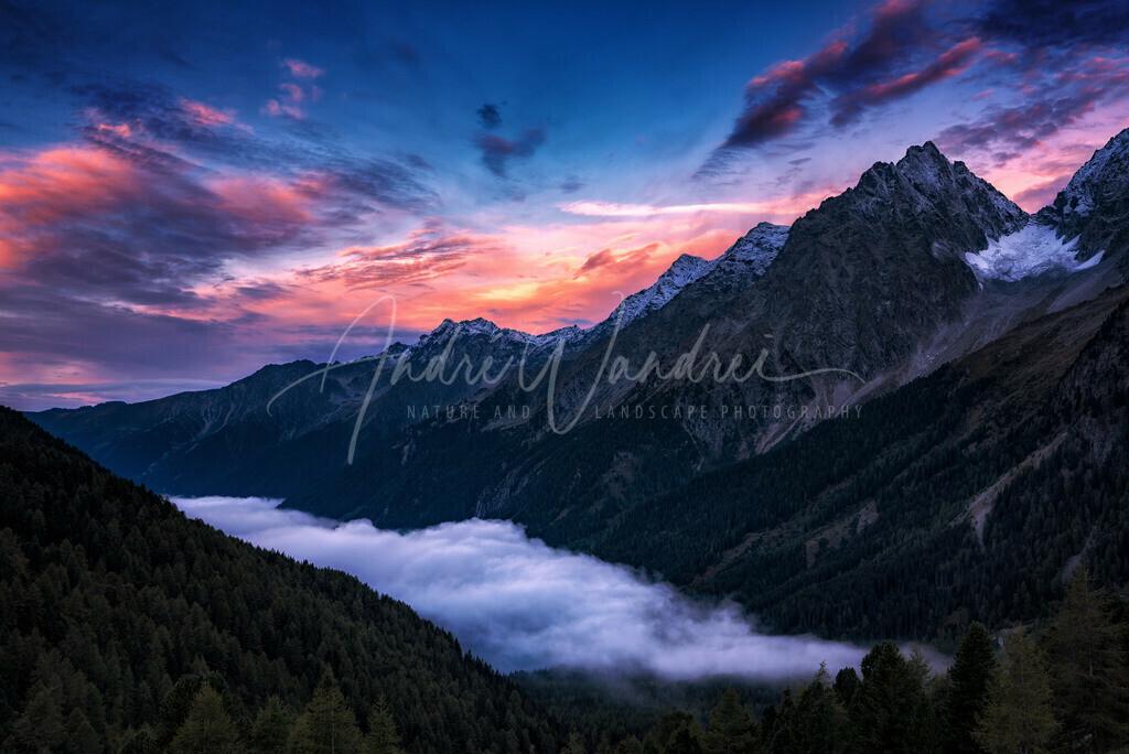 Blaue Stunde in den Dolomiten