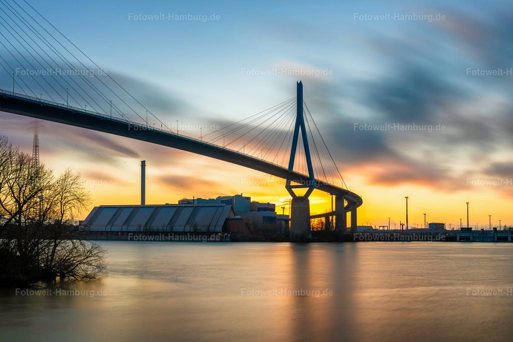 10210301 - Sonnenuntergang an der Köhlbrandbrücke | Tolle Lichtstimmung beim Sonnenuntergang an der Köhlbrandbrücke im Hamburger Hafen.