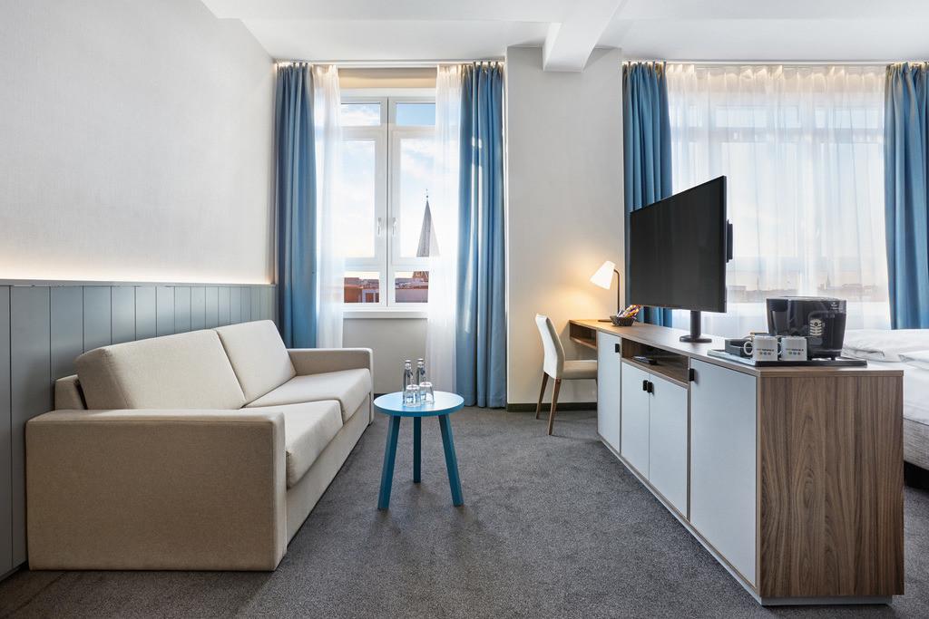 zimmer-deluxe-kingzimmer-07-hplus-hotel-bremen.tif