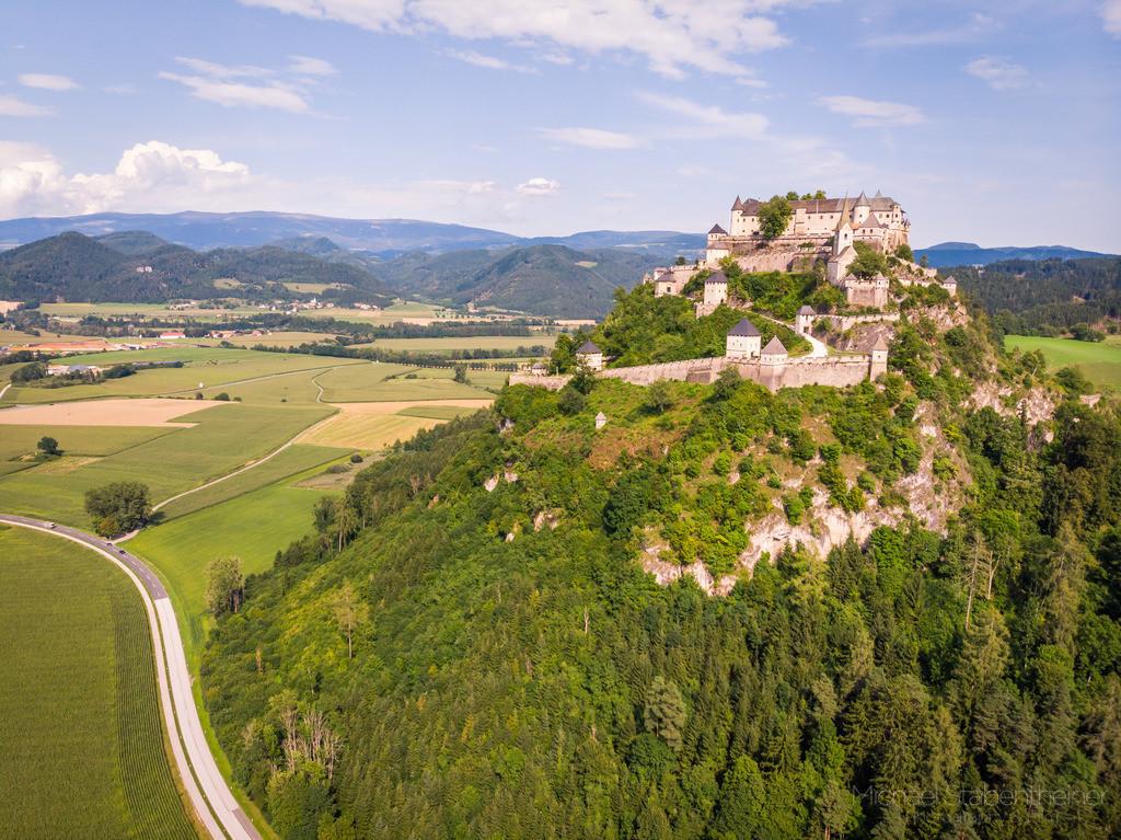 Burg Hochosterwitz | Luftbild von der Burg Hochosterwitz bei St. Veit