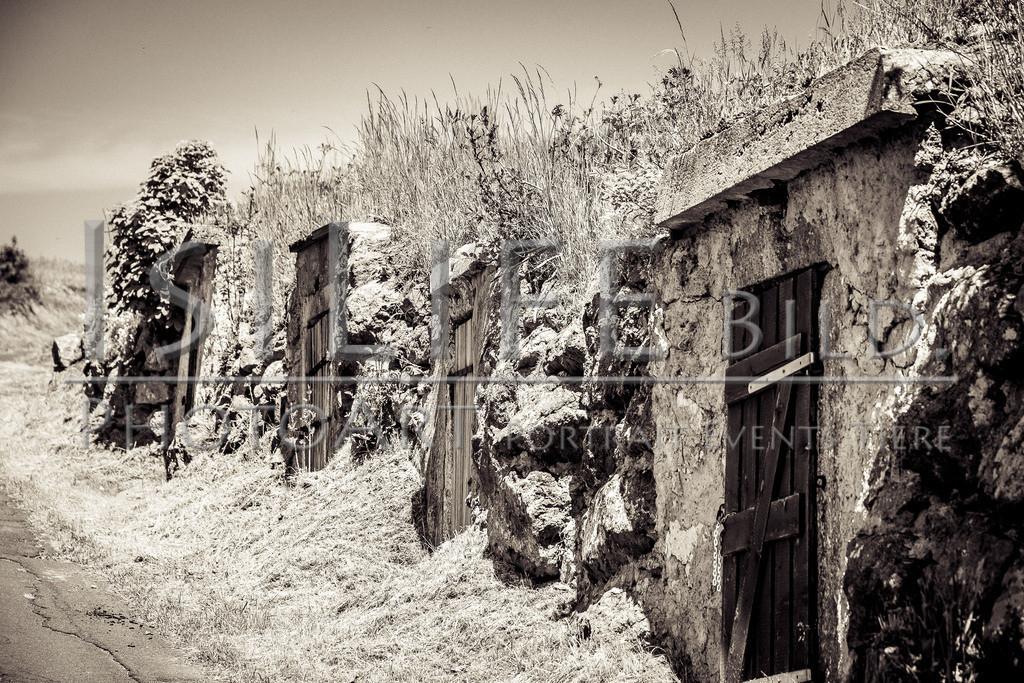 Röslau - Mittelpunkt des Fichtelgebirges | Alte Keller auf dem Weg zum Zwölfgipfelblick