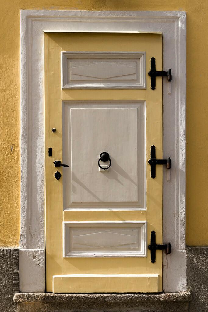 Gelbe Tür