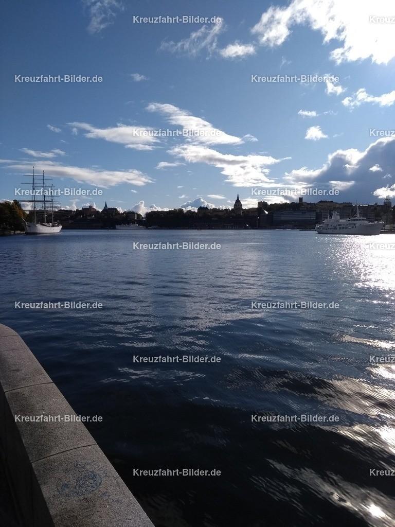 Stockholm | Der Blick von Stockholm in Richtung Kreuzfahrtanleger.