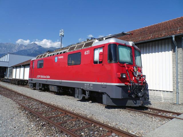 RhB Ge 4/4 II 621 | Die Lok sonnt sich im Depot Landquart.