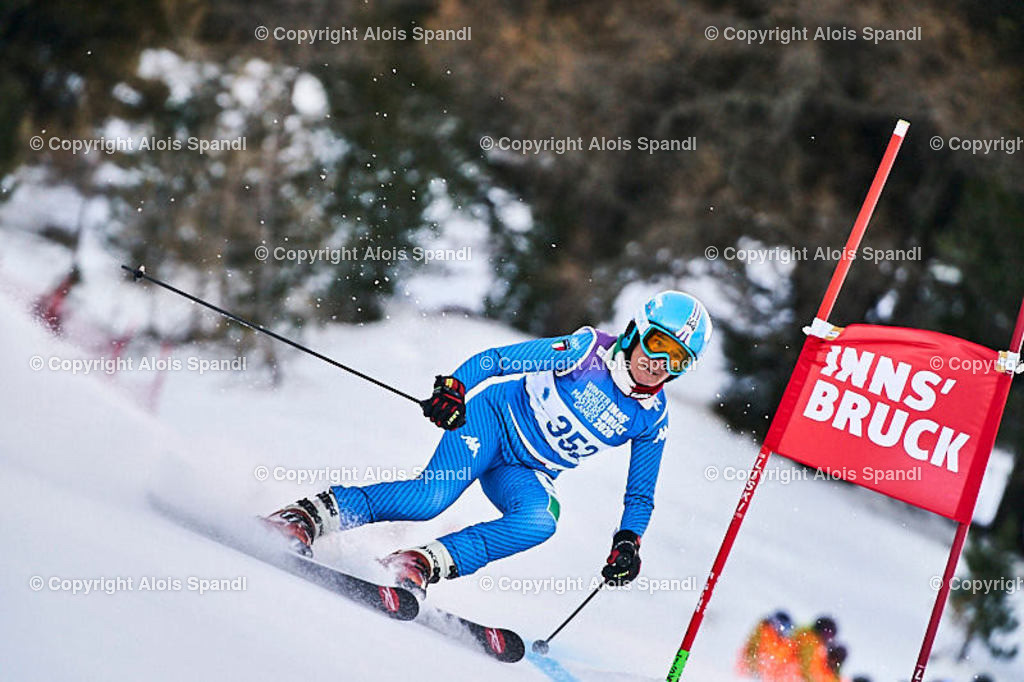 ALS5421_WWMG_GS-II_C   (C) FotoLois.com, Alois Spandl, WinterWorldMastersGames 2020 Innsbruck, Giant Slalom-II Gruppe C Damen, Patscherkofel Olympiaabfahrt, Mi 15. Jänner 2020.