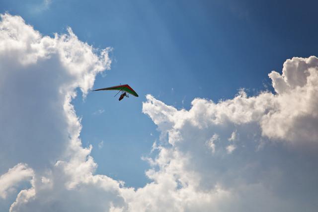 Drachenflieger über Görlitz | Drachenflieger am Himmel über Görlitz