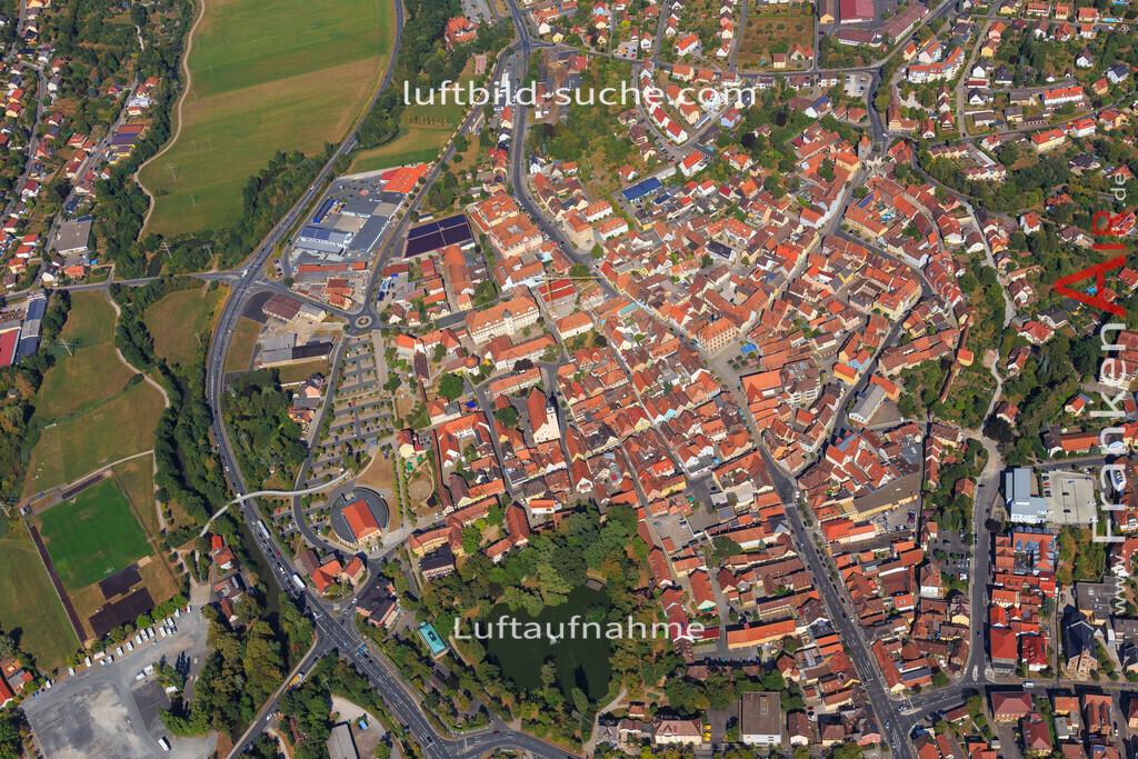 unterstrahlbach-neustadt-an-der-aisch-2015-101 | Luftbild von Unterstrahlbach Neustadt-an-der-aisch - Luftaufnahme wurde 2015 von https://frankenair.de mittels Flugzeug (keine Drohne) erstellt - die Geschenkidee