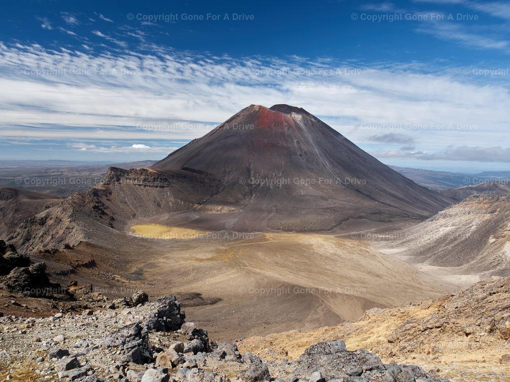 Neuseeland | Der Mount Ngauruhoe von einem Aussichtspunkt des Tongariro Alpine Crossing