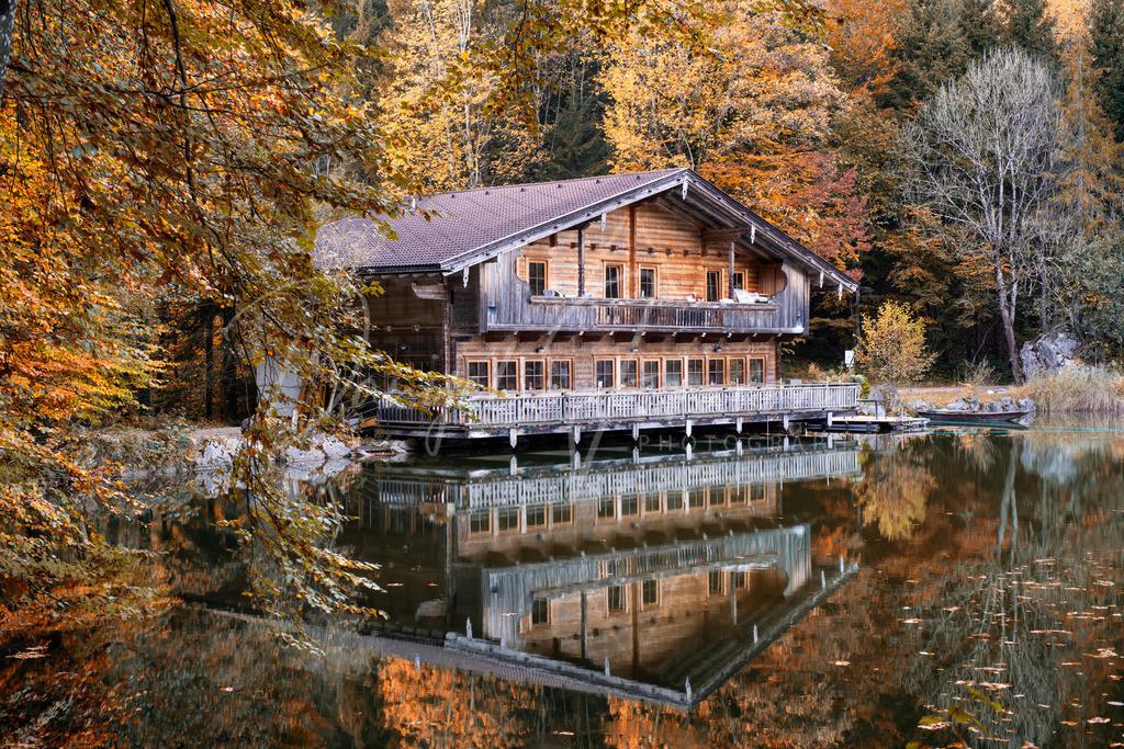 Berglsteinersee | Das Restaurant am herbstlichen Berglsteinersee