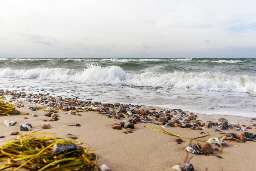 Strand auf Fehmarn | Wellen am Flügger Strand auf Fehmarn