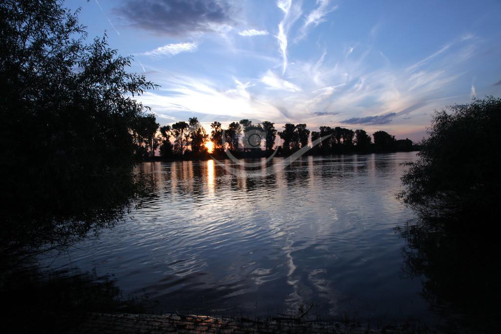 Sonnenuntergang_ Rhein