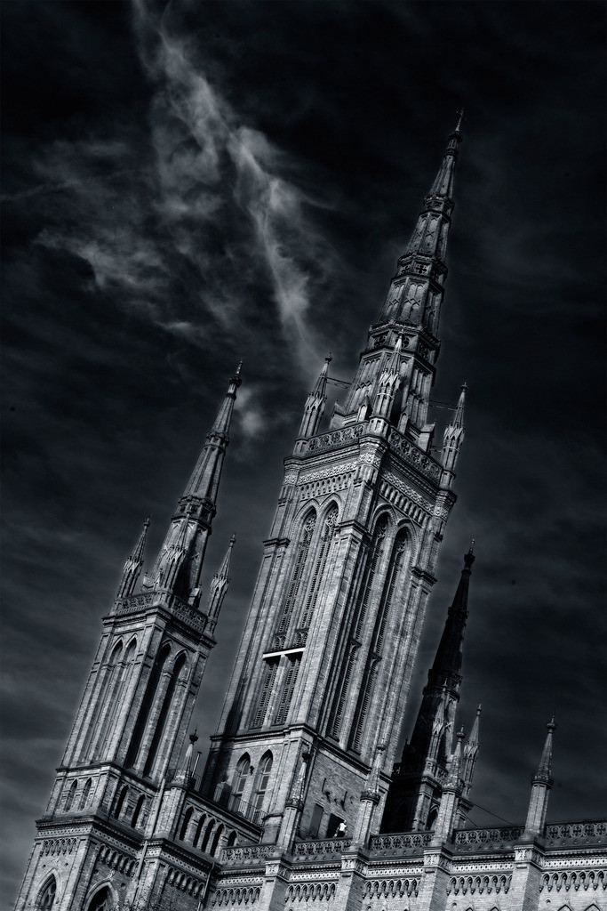 der Zorn Gottes | Marktkirche in Wiesbaden mit Wolkenblitz