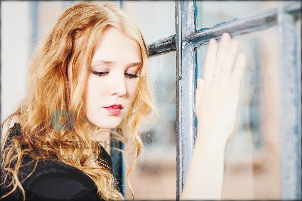 Isolda Dychauk   Isolda Dychauk beim Fototermin in Hamburg zur 7. Staffel