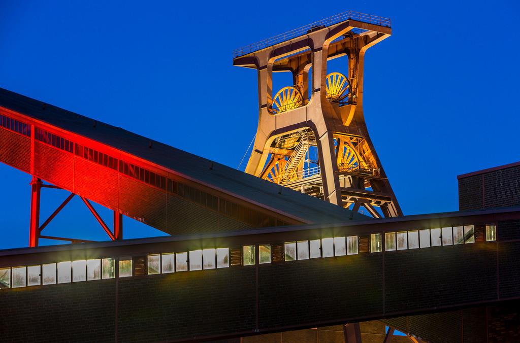 JT-160108-013 | Zeche Zollverein, UNESCO Welterbe, Essen, NRW, Deutschland, Fördergerüst Schacht 12 Bandbrücken der Kohlenwäsche,