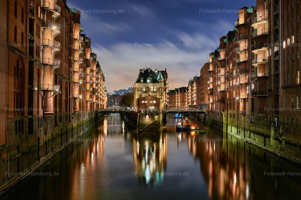 hamburg speicherstadt wasserschloss bei nacht bild auf leinwand acrylglas aludibond poster