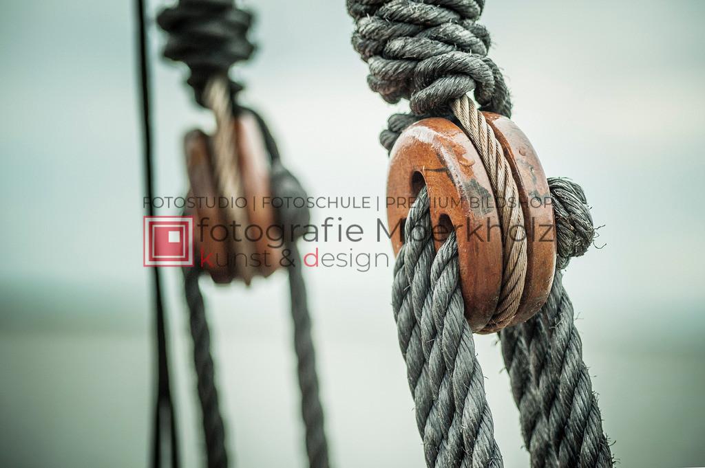 @Marko_Berkholz_mberkholz_MBE6557 | Die Bildergalerie Zeesenboot | Maritim | Segel des Warnemünder Fotografen Marko Berkholz zeigt maritime Aufnahmen historischer Segelschiffe, Details, Spiegelungen und Reflexionen.