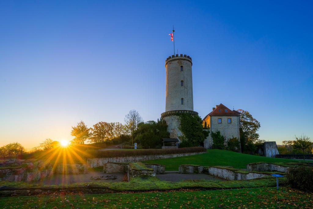 Sparrenburg im Morgenlicht | Sparrenburg im ersten Morgenlicht (Bielefeld).