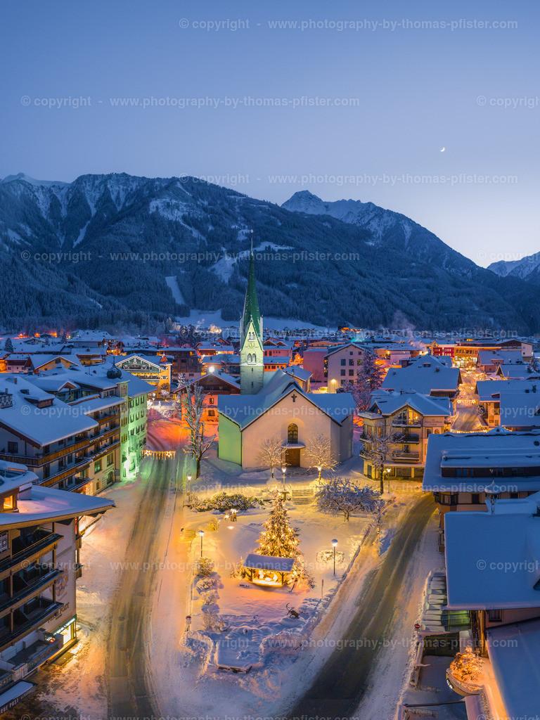Mayrhofen Blaue Stunde Kirche