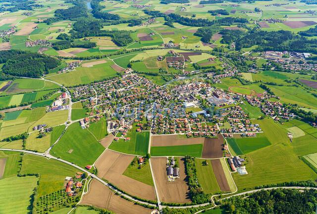 luftbild-teisendorf-bruno-kapeller-17 | Luftaufnahme von Teisendorf im Fruehling 2019