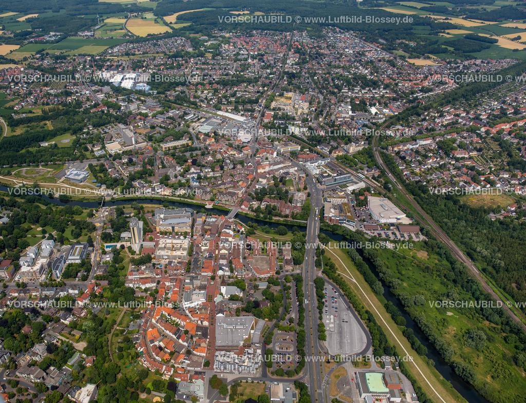 Luenen15072410 | Blick auf den Stadtkern von Lünen mit dem Umbau des Hertie-Hauses, Lünen, Ruhrgebiet, Nordrhein-Westfalen, Deutschland