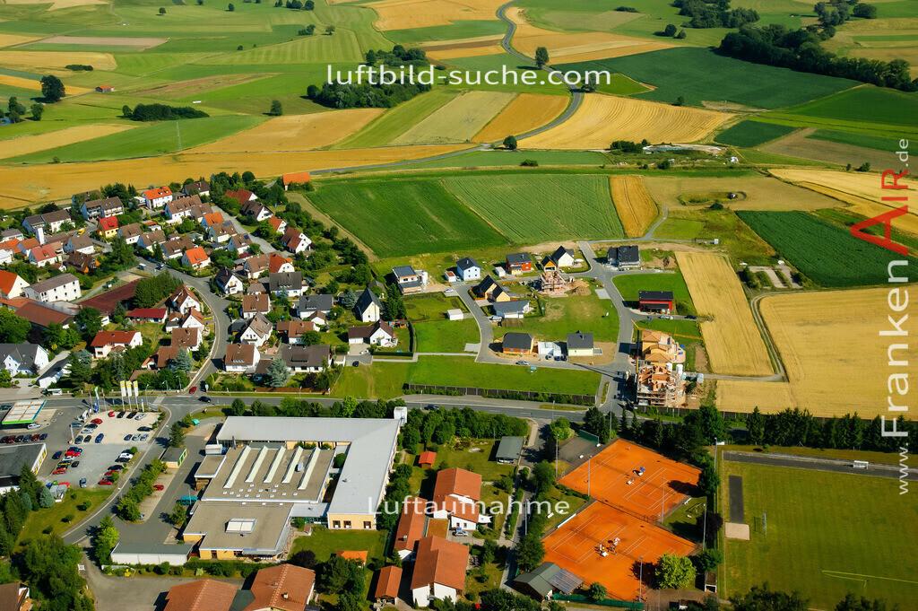 melkendorf-kulmbach-2008-451 | Luftbild von Melkendorf Kulmbach - Luftaufnahme wurde 2008 von https://frankenair.de mittels Flugzeug (keine Drohne) erstellt - die Geschenkidee