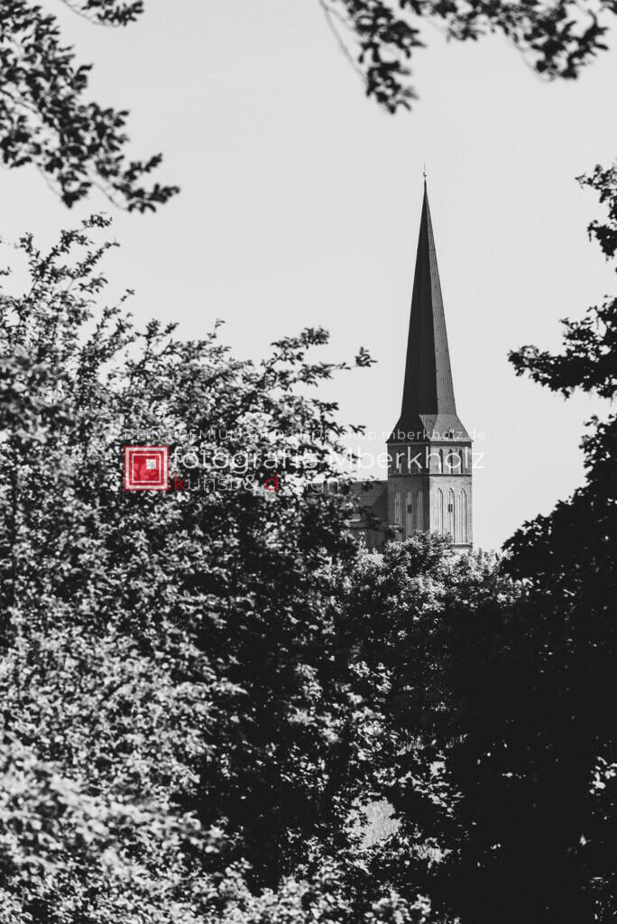 _MBE1070   Die Bildergalerie Hansestadt Rostock des Warnemünder Fotografen Marko Berkholz, zeigen Tag und Nachtaufnahmen sowie unentdeckte Details aus unterschiedlichen Standorten der 800 Jahre alten Hanse-und Universitätsstadt Rostock.