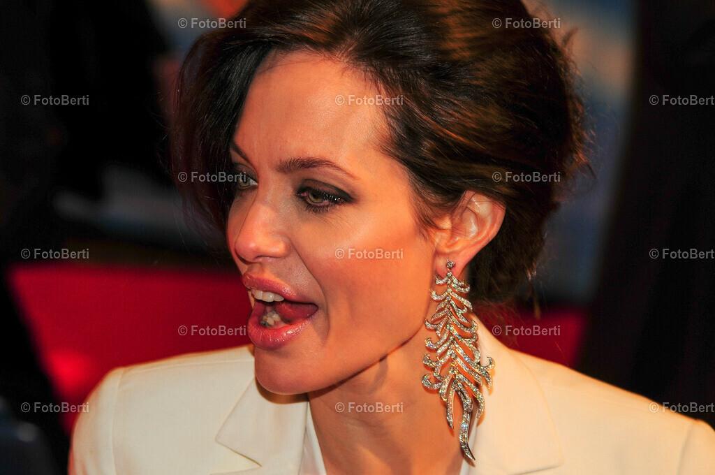 angelina_jolie_300dpi | Angelina Jolie