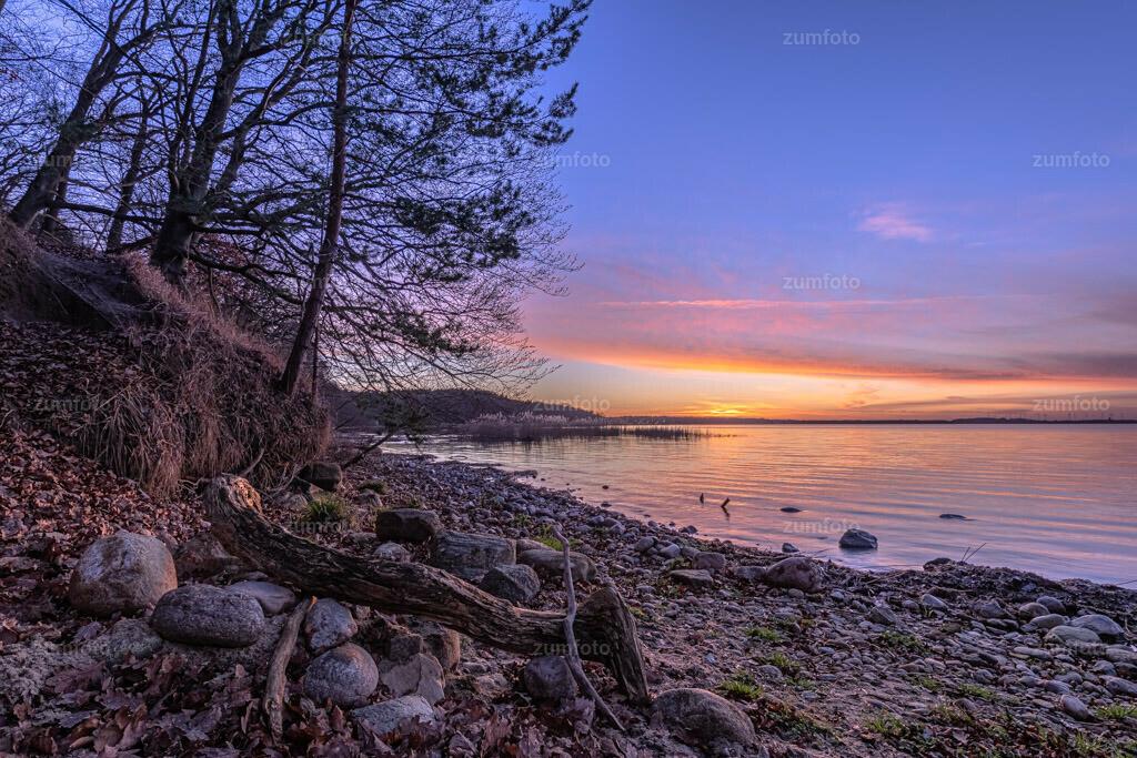 200116_1630-8264-HDR   Ich wünsche euch einen schönen Morgen! Gestern Abend habe ich den Sonnenuntergang am Lenz festgehalten. Leider ist das Wasser auch sort sehr zurück gegangen.