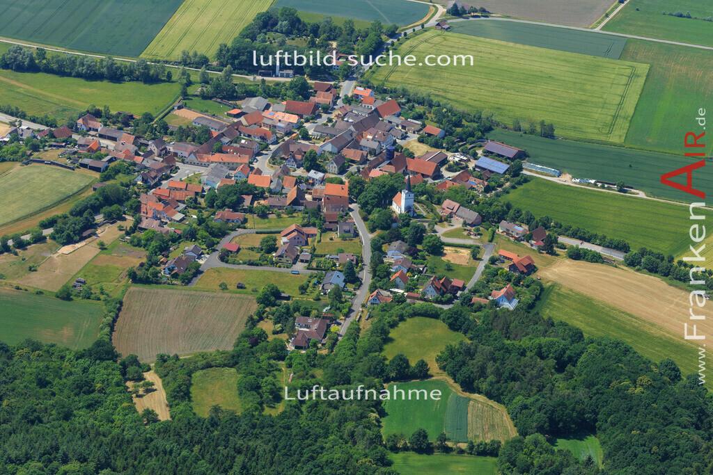 deutenheim-sugenheim-2015-1387   Luftbild von Deutenheim Sugenheim - Luftaufnahme wurde 2015 von https://frankenair.de mittels Flugzeug (keine Drohne) erstellt - die Geschenkidee