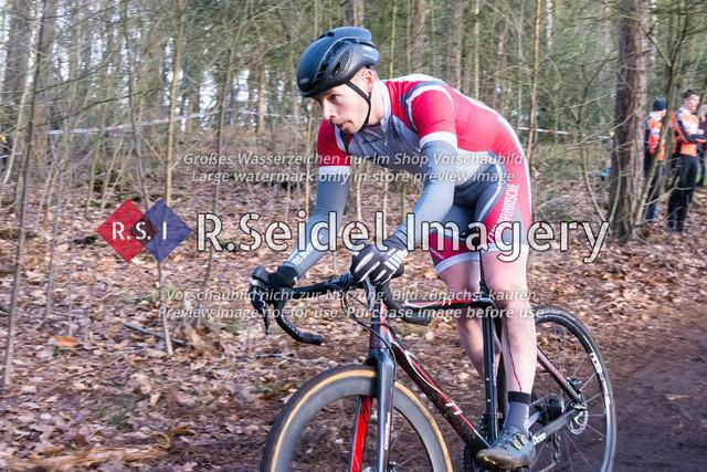 Radsport, Stevens Cyclocross Cup 2019, 10. Lauf (RSG Nordheide), Rennen 9 (Elite Herren + U23, Masters 2 / Elite Ü40 und Junioren U19), Buchholz i.d.N., 19.01.2020   Johannes Arlinghaus (TuS Bramsche, #8, Elite)