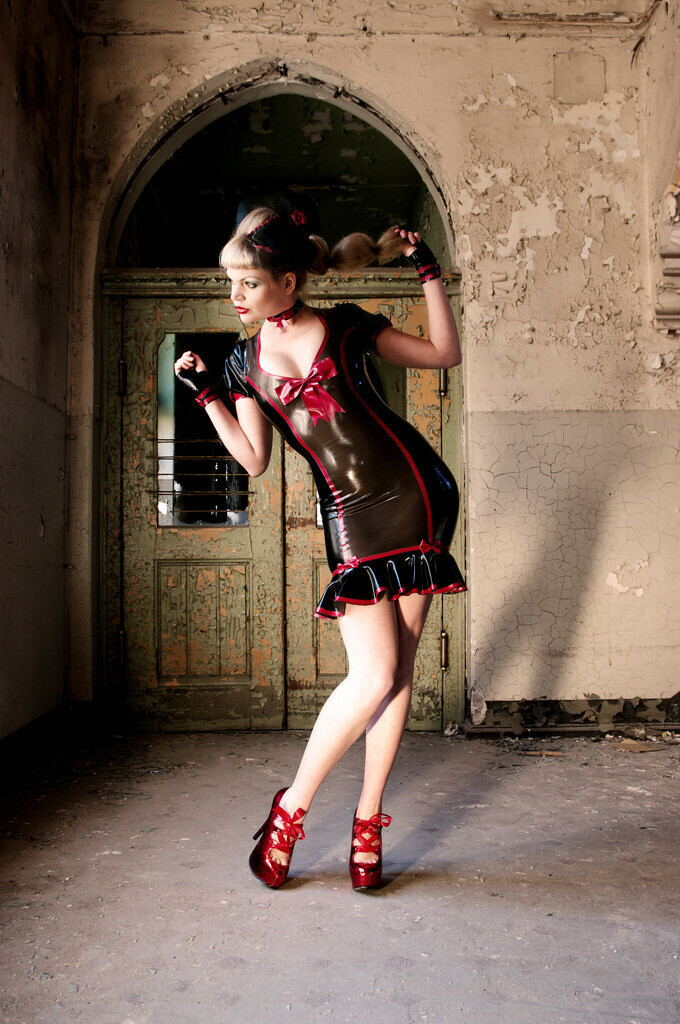 Die Latex Dame 01/The latex lady 01   Model Micheal H.