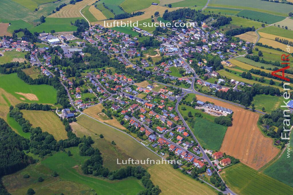 schoenbrunn-wunsiedel-2016-241   Luftbild von Schoenbrunn Wunsiedel - Luftaufnahme wurde 2016 von https://frankenair.de mittels Flugzeug (keine Drohne) erstellt - die Geschenkidee