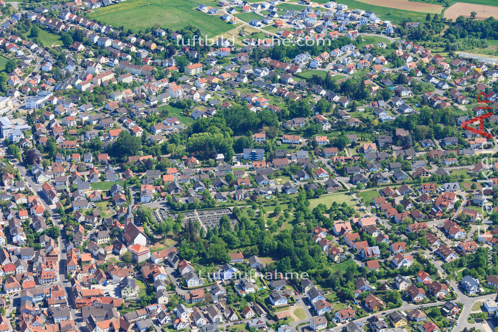 bischberg-18-334 | aktuelles Luftbild von  Bischberg - Luftaufnahme wurde 2018 von https://frankenair.de mittels Flugzeug (keine Drohne) erstellt.