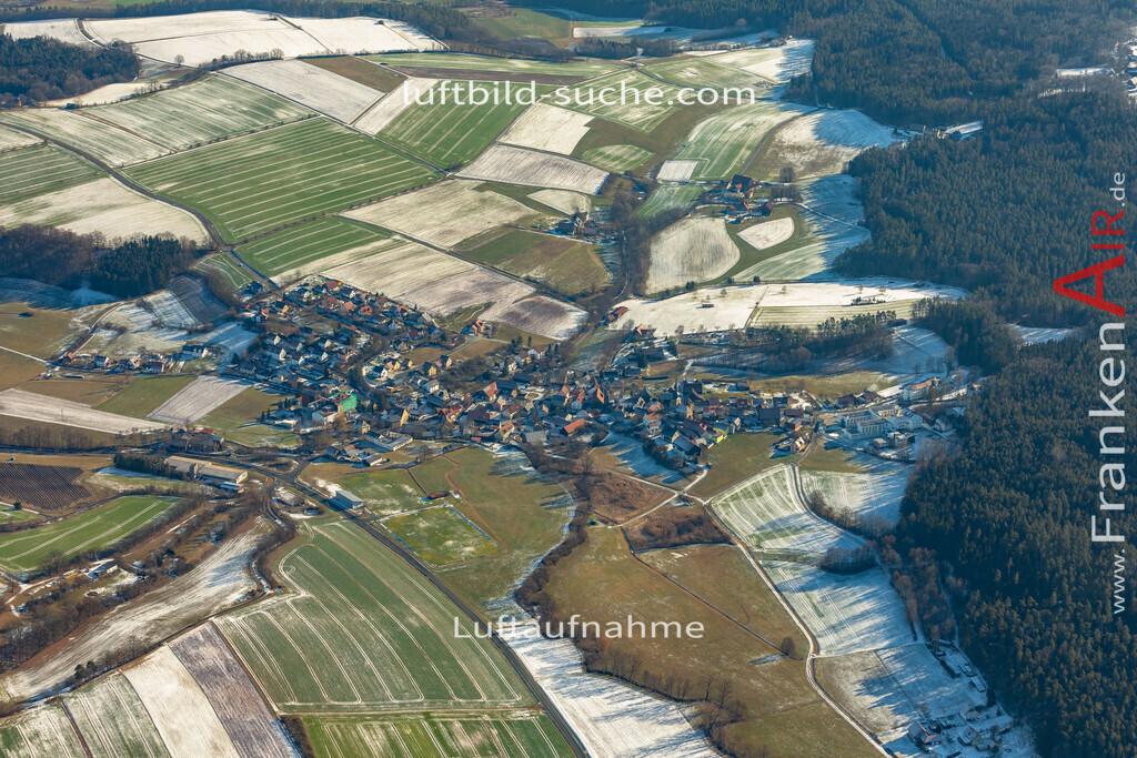 hutschdorf-winter-19-172 | aktuelles Luftbild von Hutschdorf Winter  - Luftaufnahme wurde 2019 von https://frankenair.de mittels Flugzeug (keine Drohne) erstellt.