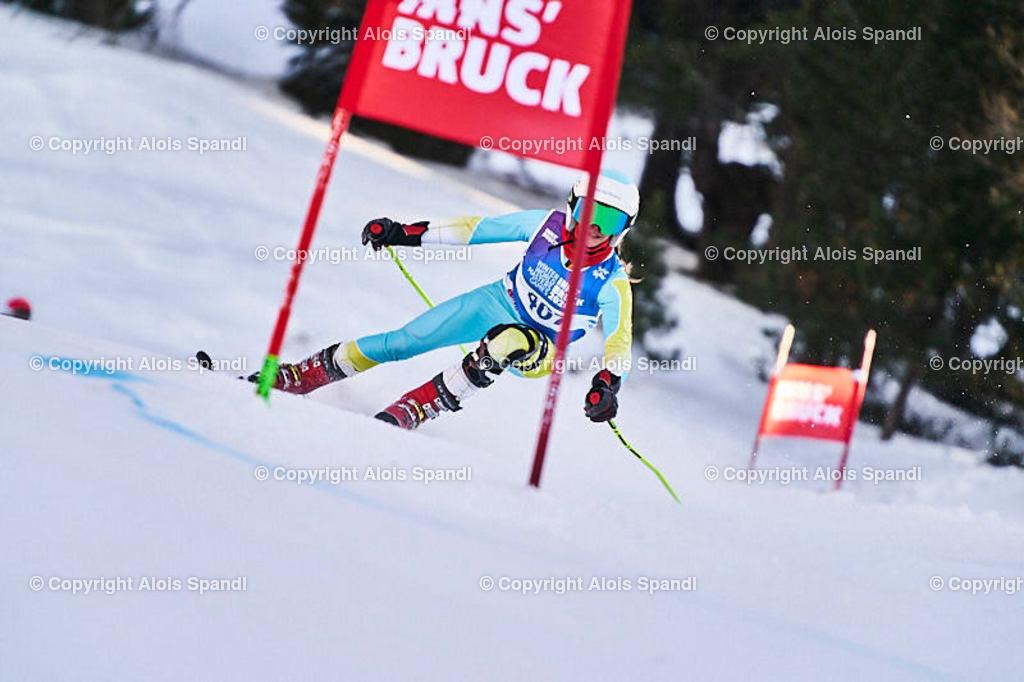 ALS6005_WWMG_GS-II_C | (C) FotoLois.com, Alois Spandl, WinterWorldMastersGames 2020 Innsbruck, Giant Slalom-II Gruppe C Damen, Patscherkofel Olympiaabfahrt, Mi 15. Jänner 2020.