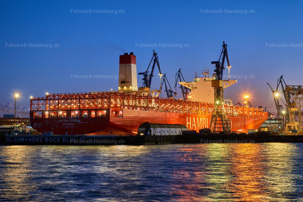 11981190 - Nacht am Dock Elbe 17