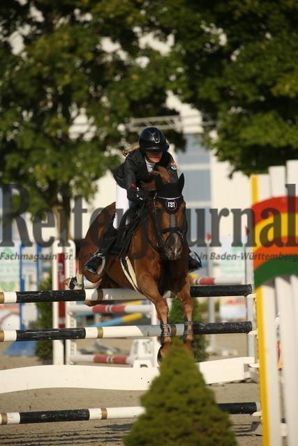Rot am See_2021_Ponyspringprüfung_Kl.M_Leonie Assmann_Kaiser Karl AG (1)